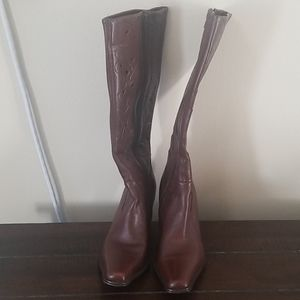 MIA Brown Deacon Vine Tall Leather Boots Size 9